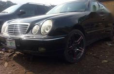 Clean Mercedes-Benz E200 2002 Black for sale