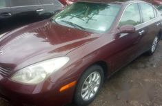 Clean Lexus Es 300 2004 for sale