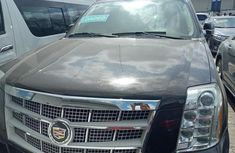 2012 Cadillac Escalade Automatic Petrol well maintained