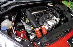 How to examine the engine when buying a used vehicle