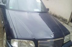Mercedes-benz C180 2000 Blue for sale