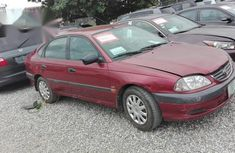 Toyota Avensis 2001 Red for sale