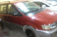 Mitsubishi Space Runner 2002 Red for sale