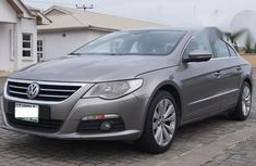 Clean Volkswagen Passat CC 2009 for sale