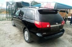 Toyota Sienna 2009 Black for sale
