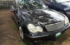 Clean Mercedes-benz C240 2005 Black