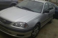 Toyota Avensis 2000 Silver for sale