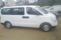Hyundai H1 2008 White for sale