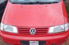 Volkswagen Sharon 2002 Red for sale