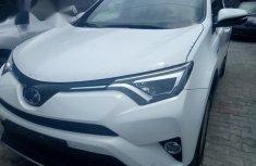 Toyota Rav4 2016 White for sale