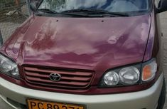 Toyota Picnic 2000 Red for sale