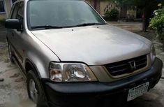 Clean Honda CRV 2001 Silver for sale