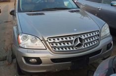 Mercedes Benz ML500 2008 Gray for sale