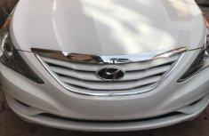 Hyundai Sonata 2011 White for sale