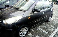 Clean Hyundai i10 2011 for sale