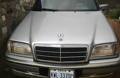 Mercedez Benz C180 2001 Gray for sale