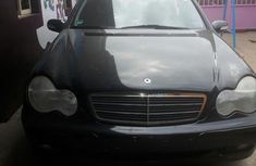 Mercedes Benz C200 2002 Black for sale