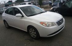 Clean Hyundai Elantra 2007 White for sale
