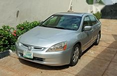 Honda Acord 2005 Silver for sale