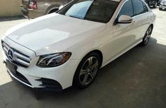 Mercedes Benz E300 4matic 2017 White