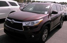 Clean Toyota Highlander 2014 Brown for sale