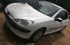 Peugeot 206 2003 White for sale