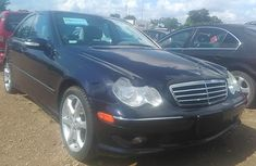 2001 Mercedes-Benz C230 Automatic Petrol well maintained