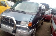 Almost brand new Volkswagen Caravelle Petrol 2000