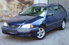 Toyota Avensis 2001 Blue for sale