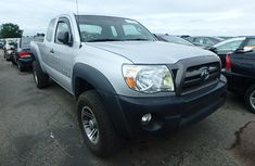 Toyota Tundra 2010 model for sale