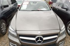 Mercedes Benz CLS 550 2008 Gray for sale