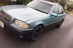 Mercedes-Benz C180 2002 Green for sale