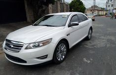 Tokunbo Ford Taurus 2011 White for sale