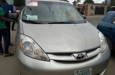 Clean Toyota Sienna 2009 Silver for sale