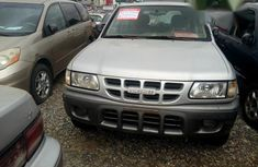 Isuzu Rodeo 2000 Silver for sale