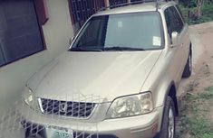 Honda CR-V 2000 Gold for sale