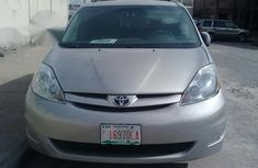 Toyota Sienna 2007 Silver for sale