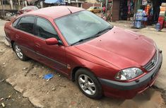 Toyota Avensis 2002 Red for sale