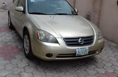 Nigerian Used Nissan Altima 2003 Gold for sale