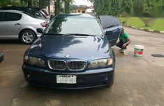 Clean Bmw 318i 2005 Blue for sale