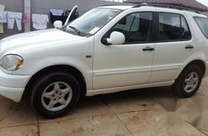 Clean Mercedes-Benz Ml 320 2001 White for sale