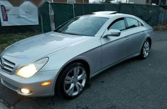 Mercedes-Benz Cls 550 2009 Silver for sale