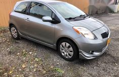 Toyota Yaris 2009 Gray for sale