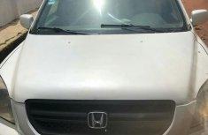 Clean Honda Pilot 2004 White for sale