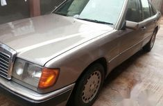 Mercedes-benz 230E 1999 Brown for sale