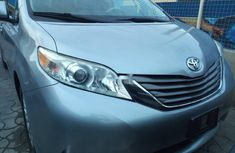 Toyota Sienna 2012 ₦8,000,000 for sale