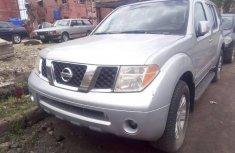 Almost brand new Nissan Pathfinder Petrol 2005