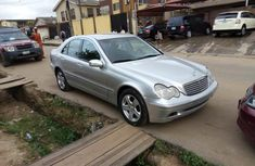 Almost brand new Mercedes-Benz C200 Petrol 2001