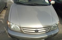 Clean Tokunbo Toyota Sienna 2003 Gray