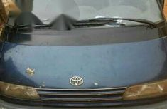 Used 2000 Toyota Previa Blue for sale
